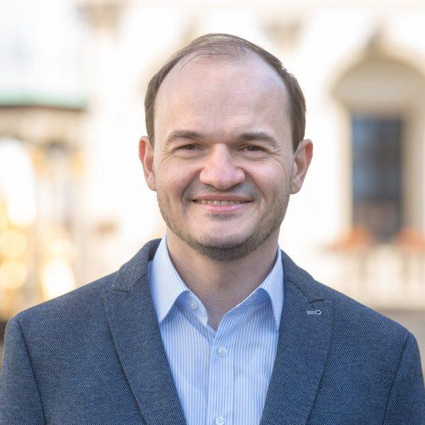 Prof. Dr. Sebastian Eichfelder